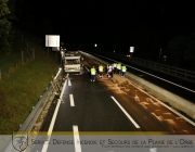 26.09-AUTOROUTE-ORBE-LES-CLES-Pollution-suite-accident-campingcar-25.09.2019-22_07_39-IMG_9302